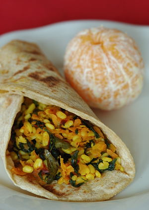 Methi Carrot with Chapati