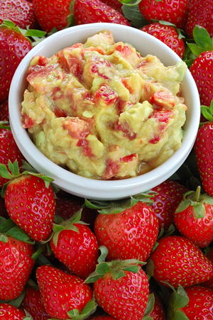 Strawberry Salsa to Celebrate the Spring Season
